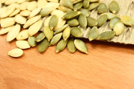 pumpkin-seeds-1323854_1920